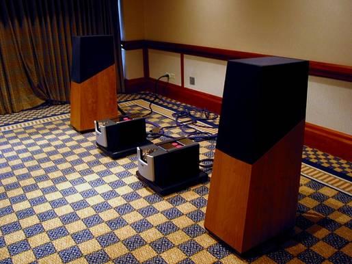 Vandersteen 5 & Pathos amps