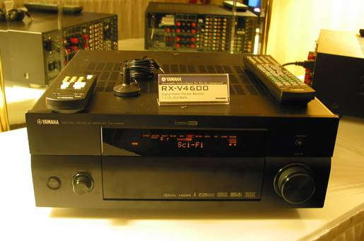 Yamaha receiver with HD-Radio