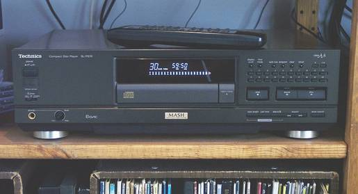 Technics SL-PS70 CD player