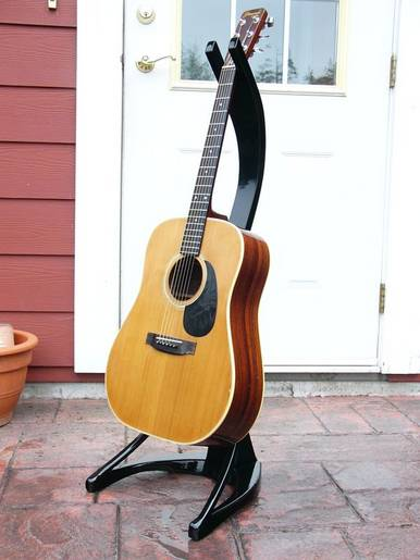 Acoustic Guitar Stand with Guitar